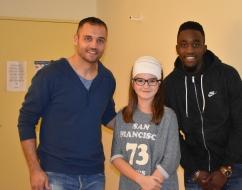 Isaac Mbenza et Laurent Pionnier en visite à l'hôpital Gui de Chauliac